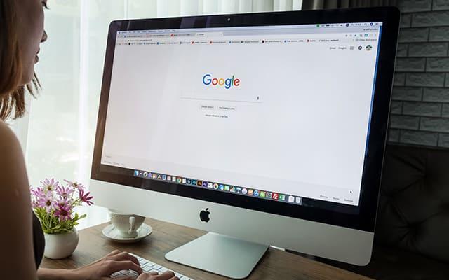 ¿Cómo aparecer primero en Google?